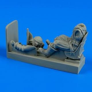 1/32 R.A.F. pilot with seat for Spitfire